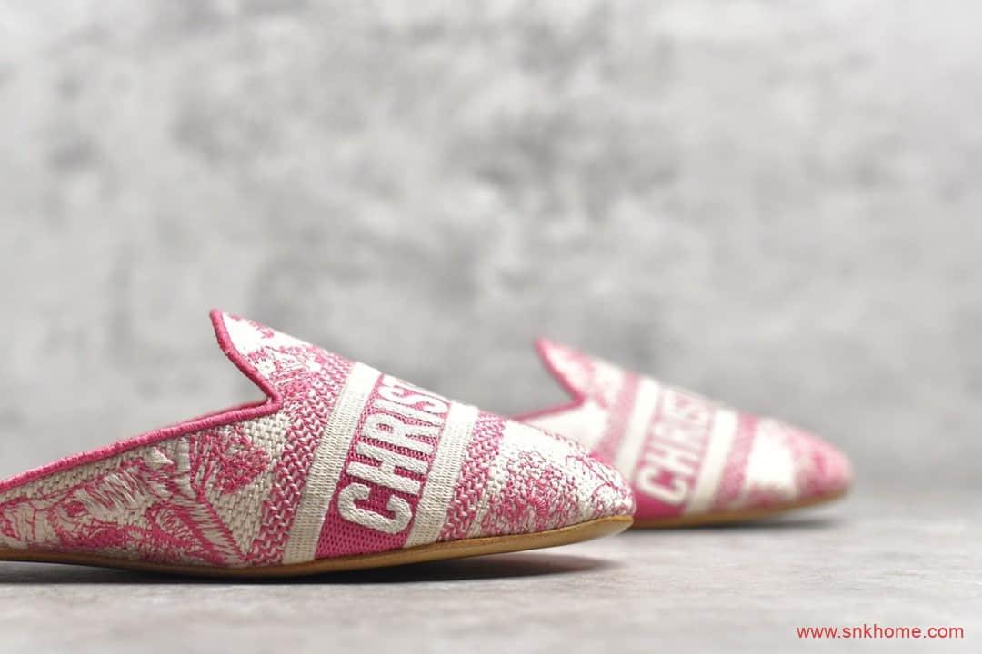 迪奥专柜 小红书热推爆款迪奥拖鞋 2020新款迪奥电绣粉色印花拖鞋实拍图-潮流者之家