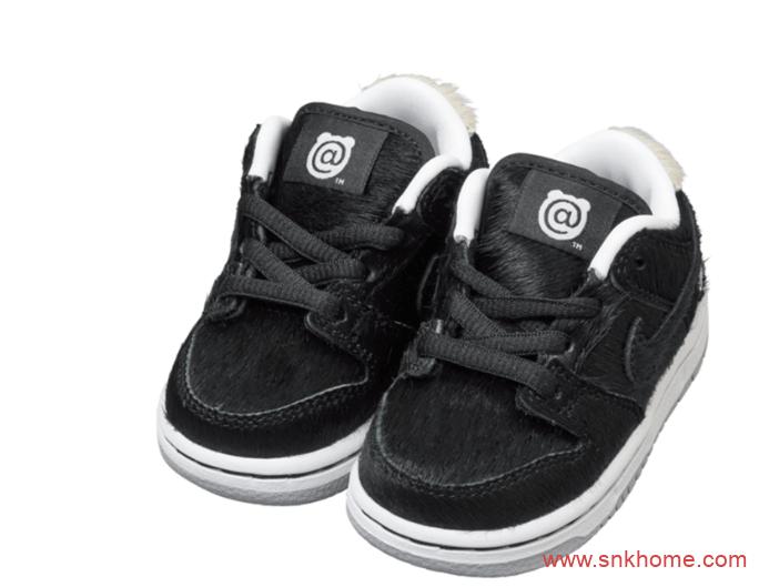 """耐克积木熊联名黑色马毛 Medicom Toy x Nike SB Dunk Low """"BE@RBRICK""""积木熊 Dunk SB Low 货号:CZ5127-001-潮流者之家"""