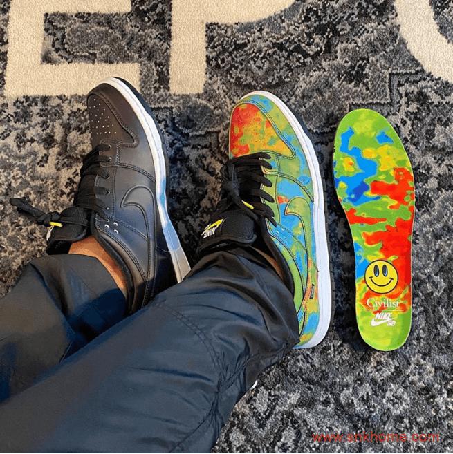 耐克Dunk SB热成像低帮黑色板鞋 Civilist x Nike SB Dunk Low联名款摩擦就能变色上脚图 货号:CZ5123-001-潮流者之家