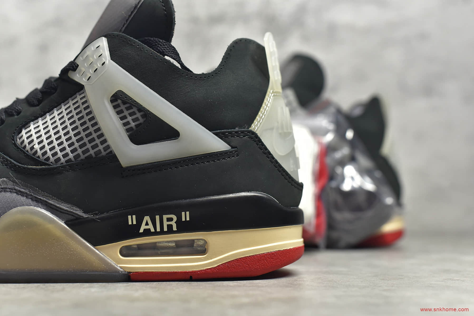 AJ4OW联名蝉翼黑灰红 Off-White x Air Jordan AJ4 Retro Cream Sail 黑灰色AJ4球鞋 货号:CV9388-001-潮流者之家