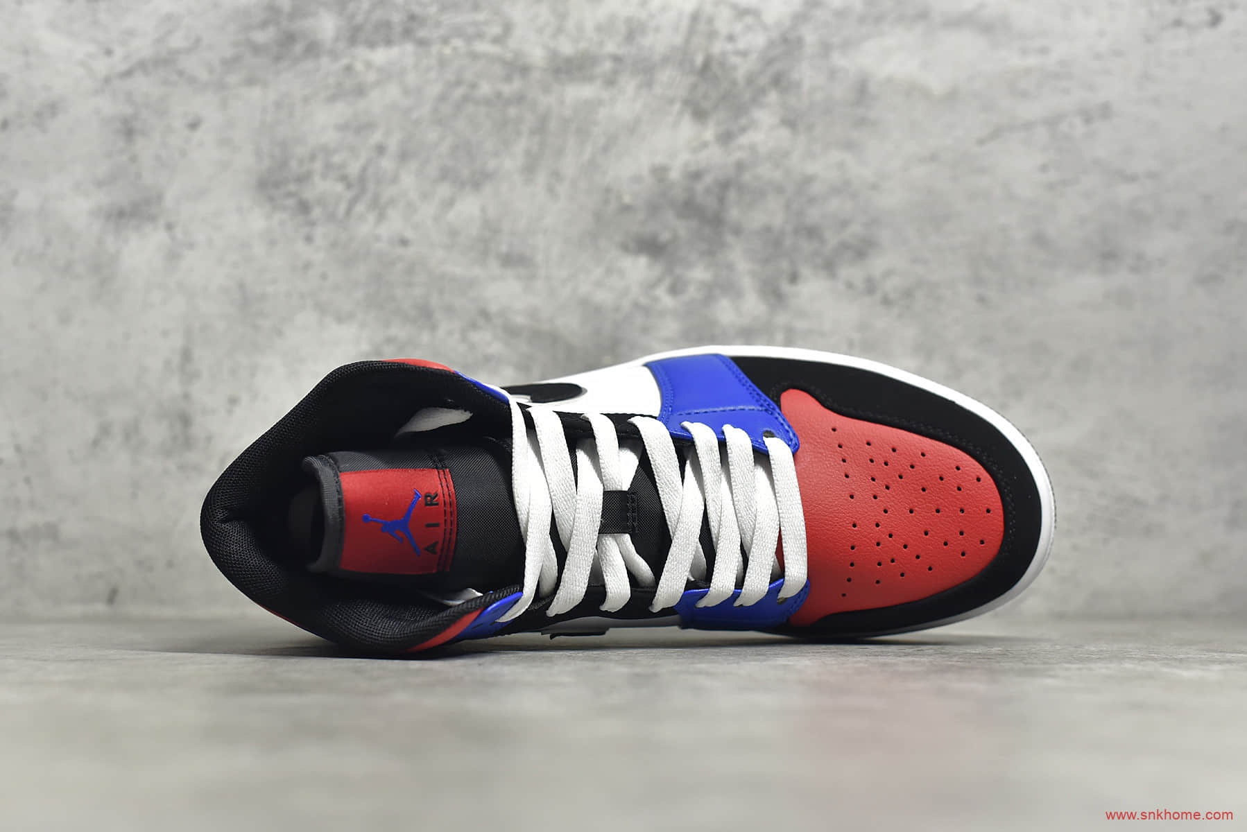 AJ1中帮黑红蓝白拼接 Air Jordan 1 MiD 纯原版本AJ1中帮耐克代工厂货源 货号:554724-124-潮流者之家