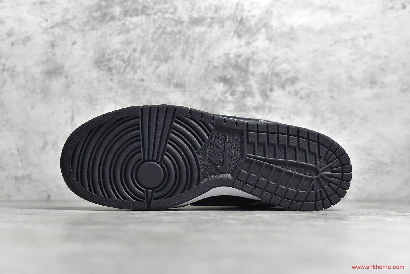 耐克Dunk SB黑水泥爆裂纹 Superme ×NIKE Dunk SB Low NYC 耐克黑色低帮板鞋 货号:304292-001-潮流者之家
