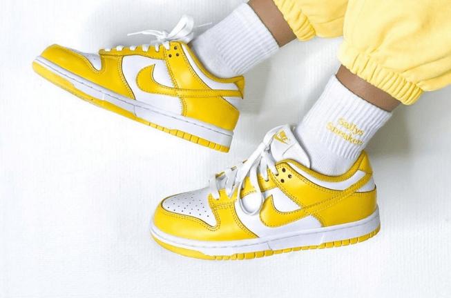 """耐克Dunk白黄低帮板鞋 Nike Dunk Low WMNS """"Laser Orange"""" 耐克全新白黄配色实物图 货号:CU1726-901-潮流者之家"""