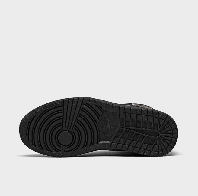 "AJ1黑金漆皮高帮即将发售 Air Jordan 1 ""Black/Metallic Gold"" 黑金AJ1美图欣赏 货号:555088-032-潮流者之家"