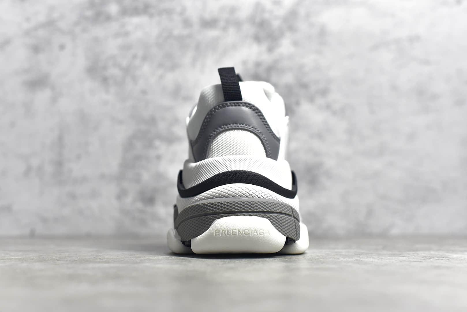 巴黎世家黑白灰一代老爹鞋 Balenciaga Triple S 莆田巴黎世家代工厂货源-潮流者之家