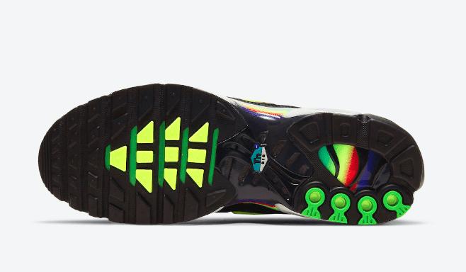 耐克MAX PLUS灯芯绒黑色气垫 Nike Air Max Plus 新配色耐克黑色彩虹复古跑鞋 货号:DA5561-001-潮流者之家