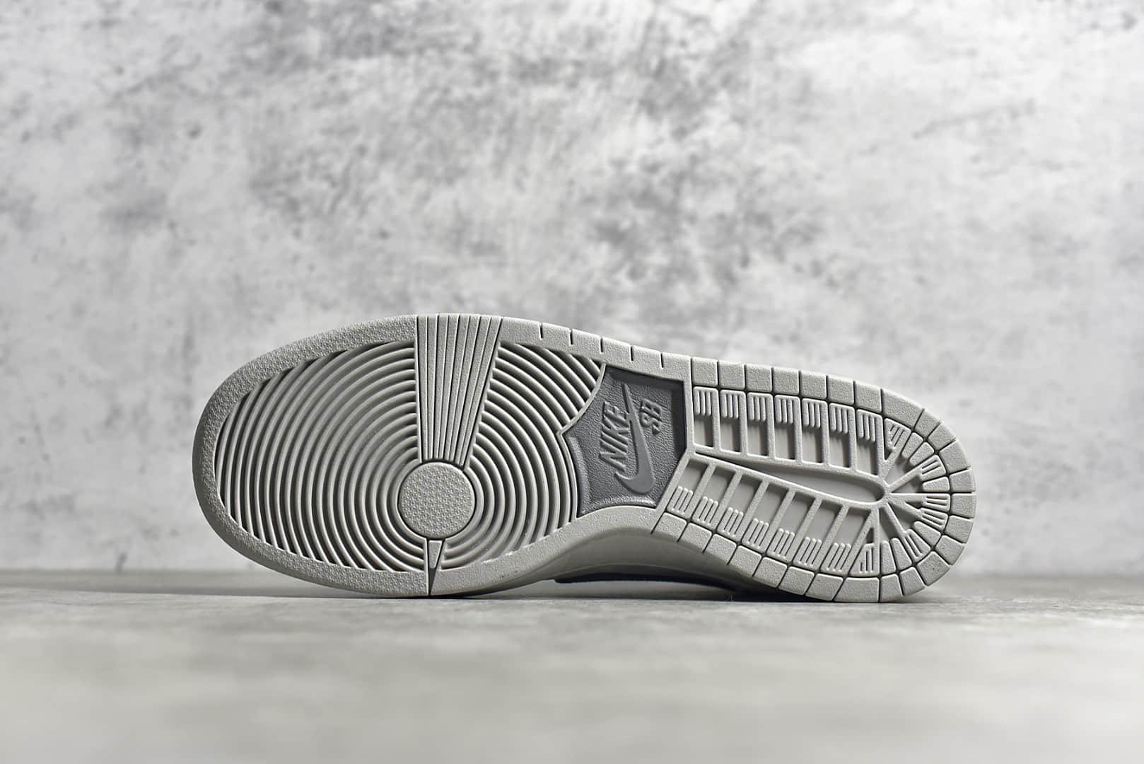 耐克Dunk SB灰色麂皮高帮 Nike Dunk SB High 耐克Dunk SB卫冕冠军联名耐克最高品质 货号:313171 036-潮流者之家