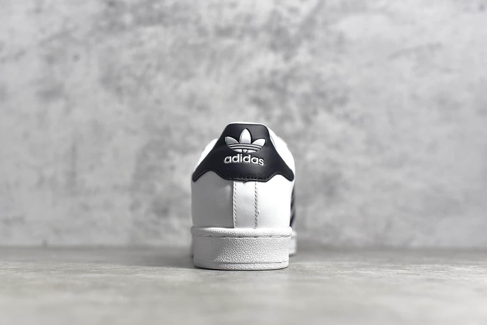 阿迪达斯三叶草贝壳头白黑金标板鞋 adidas Originals Superstar 纯原版本莆田顶级贝壳头货源 货号:EG4958-潮流者之家