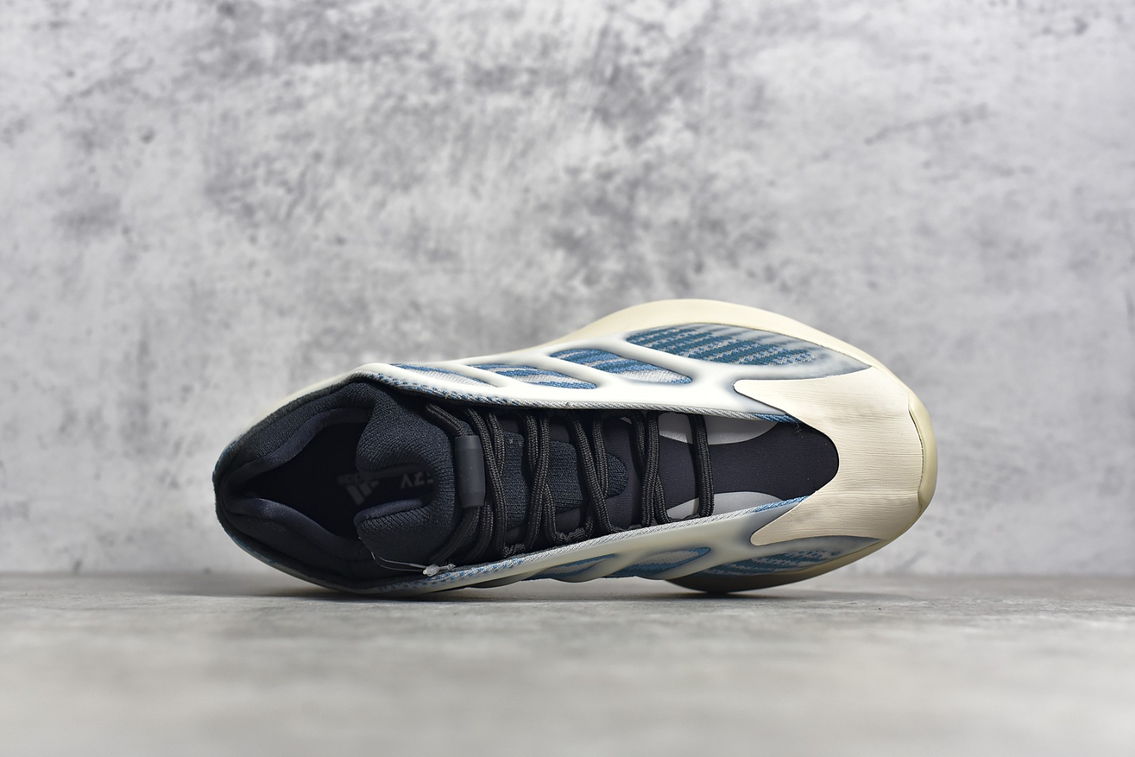 椰子700V3蓝晶石新配色OG纯原版本 Adidas originals Yeezy 700 V3 Kyanite蓝晶石 极光2.0 货号:GY0260-潮流者之家