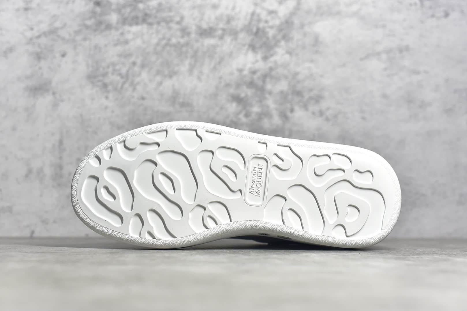 麦昆皮面黑尾老爹鞋 Alexander McQueen sole sneakers 最高版本麦昆工厂货源 代购版本麦昆复刻-潮流者之家