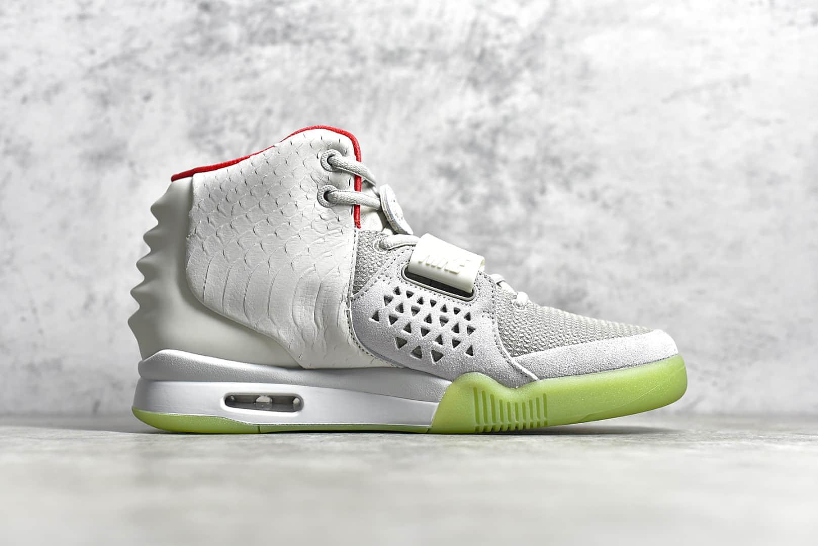 耐克椰子灰白色椰子球鞋 NIKE AIR YEEZY 2 NRG KANYE WEST 灰白 耐克椰子莆田纯原复刻Nike Air Yeezy 2 货号:508214-010-潮流者之家