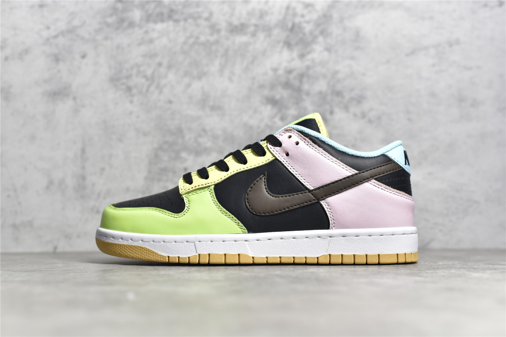 耐克Dunk紫黑绿拼接鸳鸯板鞋 NIKE DUNK LOW SE FREE 99 GS 耐克Dunk鸳鸯板鞋 耐克滑板鞋 货号:CZ2496-001-潮流者之家