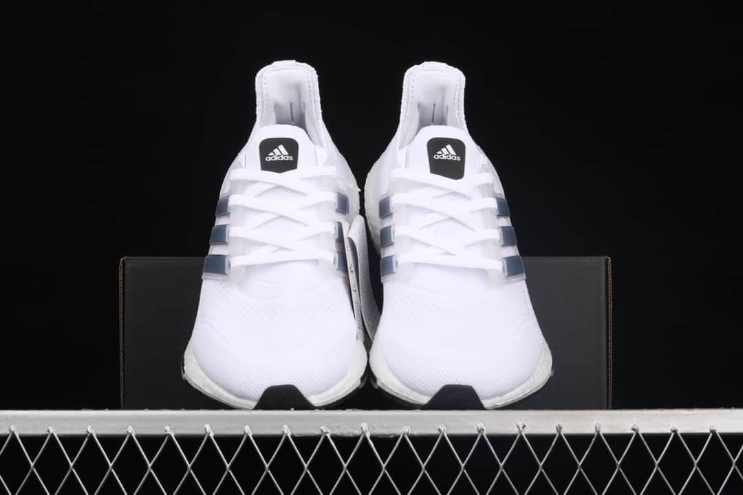 巴斯夫真爆版本阿迪达斯UB系列 adidas Ultra Boost 21 Consortium 阿迪达斯UB2021新款 阿迪达斯白色跑鞋 货号:FY0837-潮流者之家