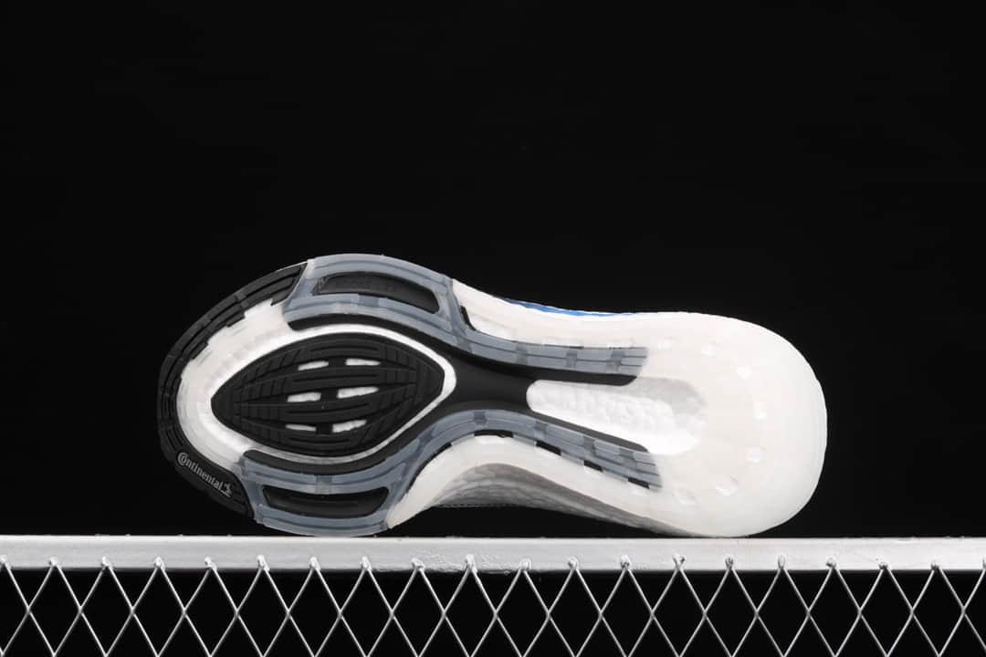阿迪达斯UB7.0白色跑鞋 adidas Ultra Boost 2021 阿迪达斯2021新款 阿迪达斯BOOST白色跑鞋 货号:FY0837-潮流者之家