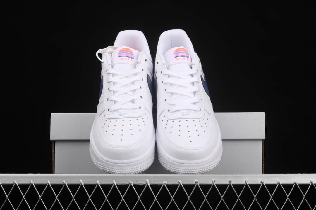 耐克空军白色镭射勾 Nike Air Force 1 Low 空军低帮板鞋 耐克休闲板鞋 空军白紫低帮 货号:DC8188-100-潮流者之家