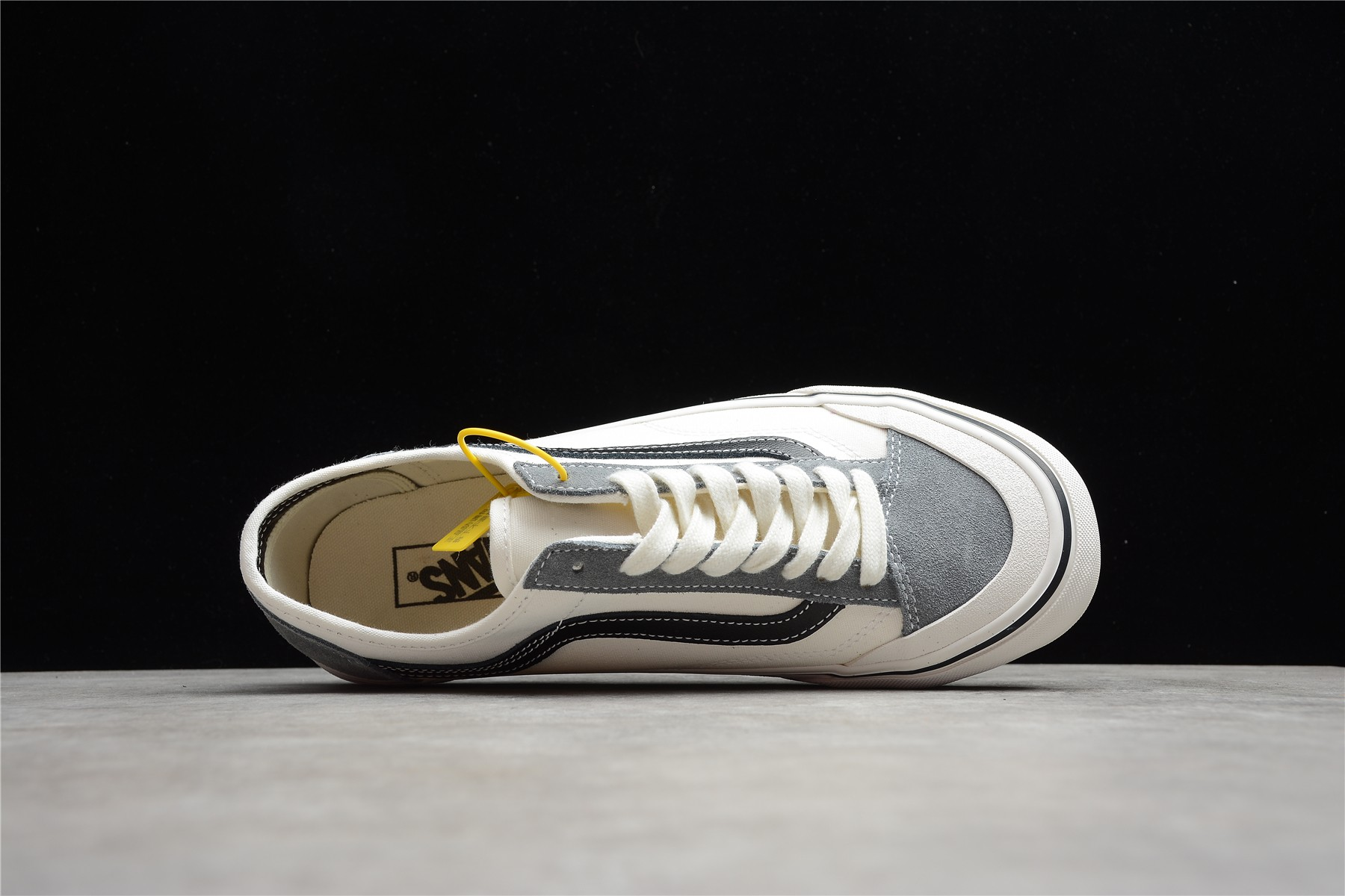权志龙同款万斯杀人鲸白灰低帮 Vans Style 36 SF 权志龙万斯短头限定版滑板鞋 万斯校园情侣板鞋 货号:VN0A4BVAK11-潮流者之家
