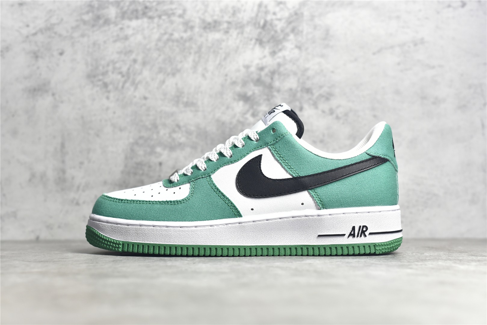 耐克空军白绿低帮帆布鞋 Nike Air Force 1 Low 07 CJ纯原版本耐克空军白黑绿 货号:315122-105-潮流者之家