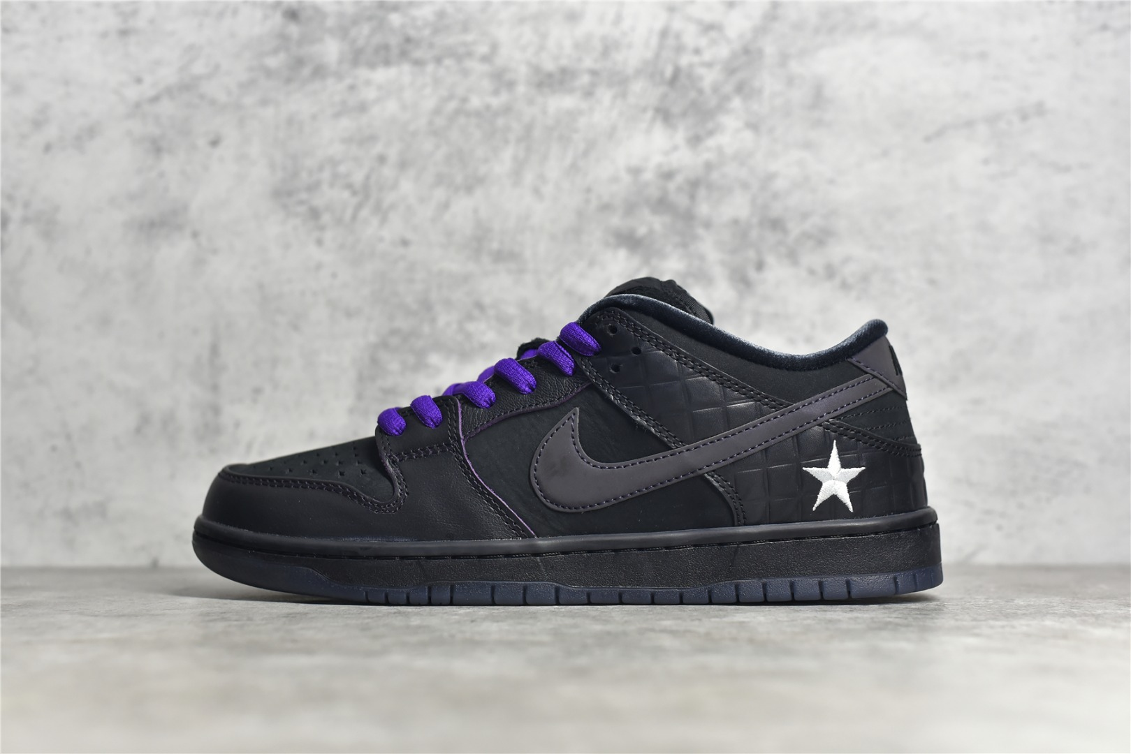 耐克SB Dunk Familia联名款 Familia x Nike SB Dunk Low 耐克Dunk SB 3M反光黑色低帮 货号:DJ1159-001-潮流者之家