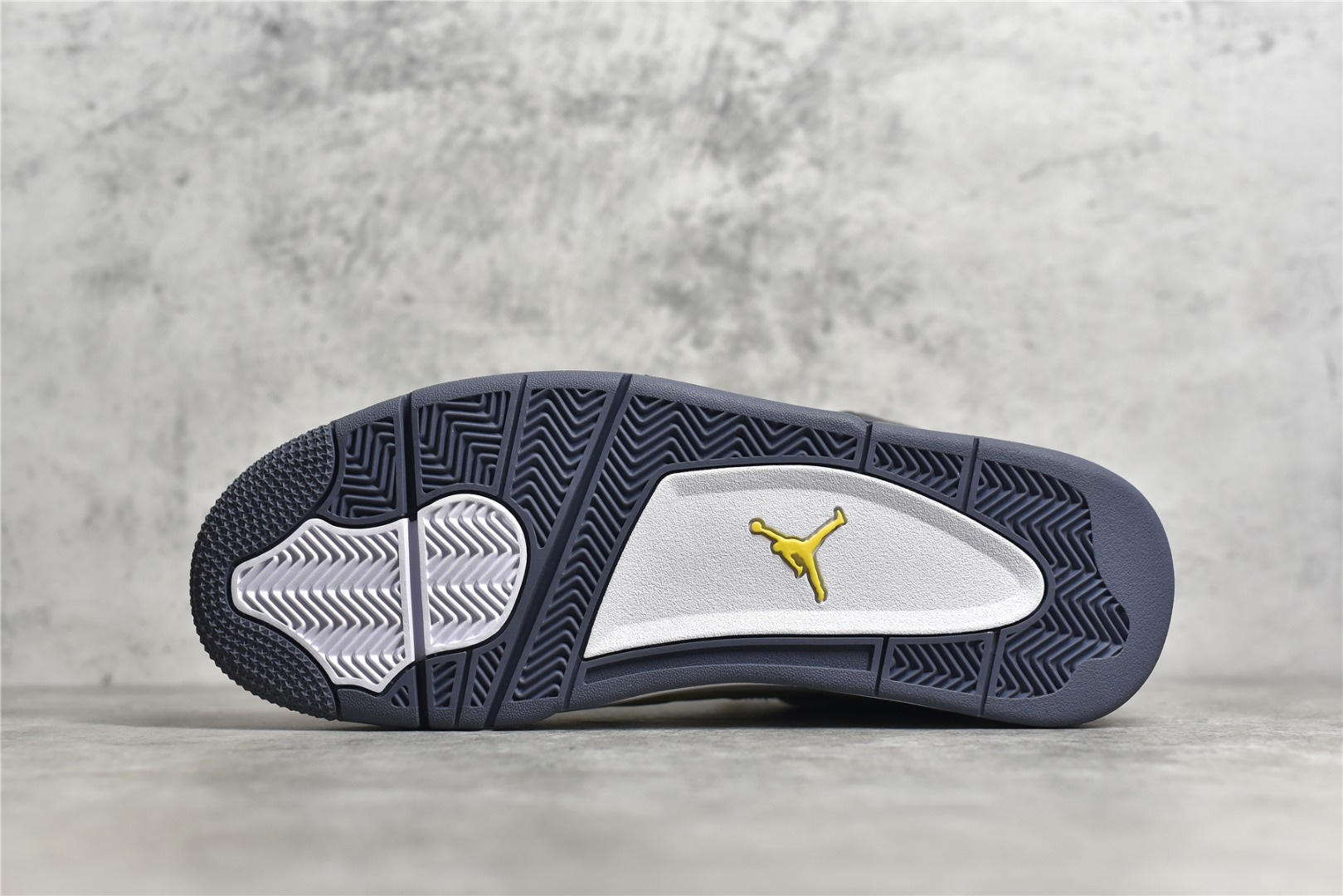 """AJ4电母黄色闪电 Air Jordan 4 """"Lightning""""电母 黄闪电SG纯原版本 原厂AJ4电母正品复刻 货号:314254-702-潮流者之家"""