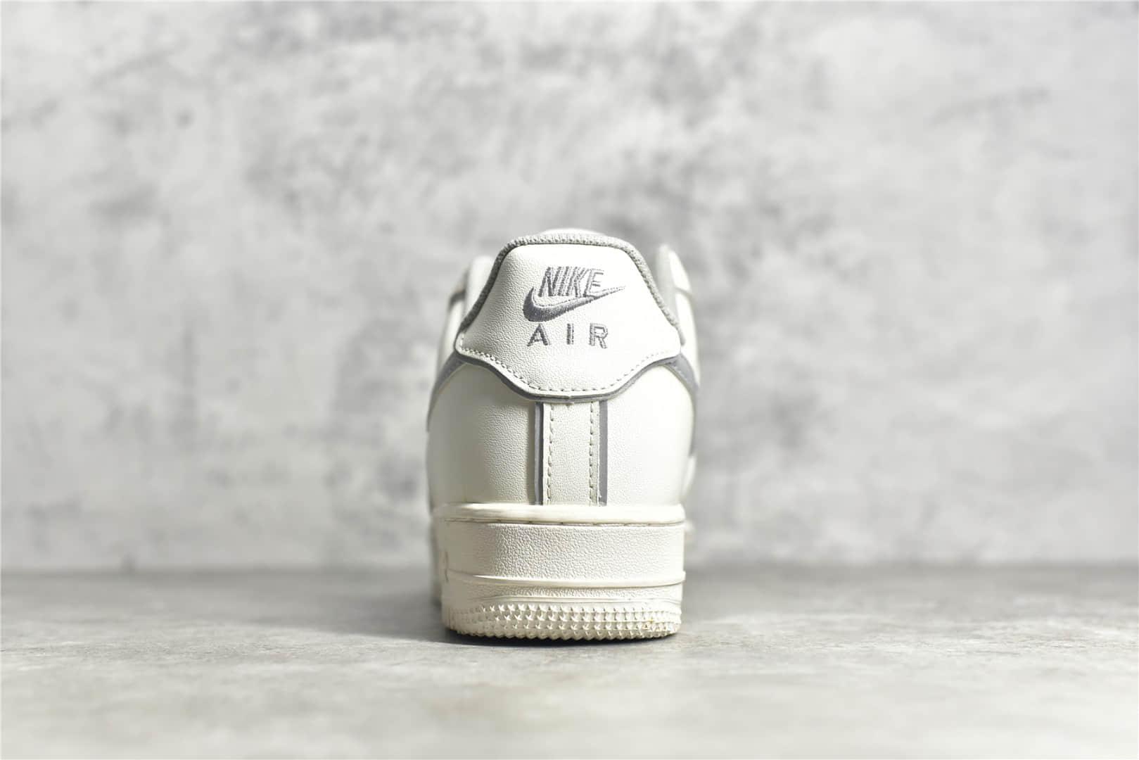 耐克空军3M反光 Nike Air Force 1 Low 耐克空军鞋带反光 空军一号LOGO反光 耐克空军白灰色低帮 货号:BQ8228-366-潮流者之家
