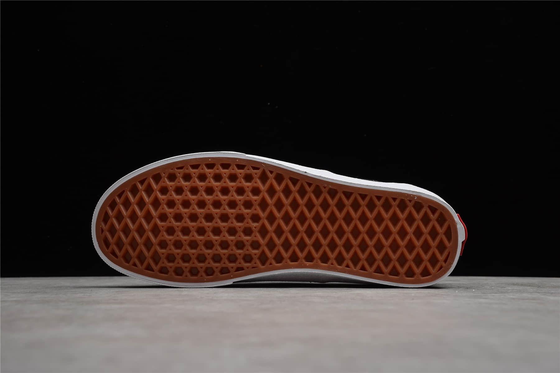 万斯黑白LOGO字母印花 VANS Era万斯轻便百搭经典帆布鞋 万斯黑白低帮板鞋 货号:VN0A54F1QW7-潮流者之家