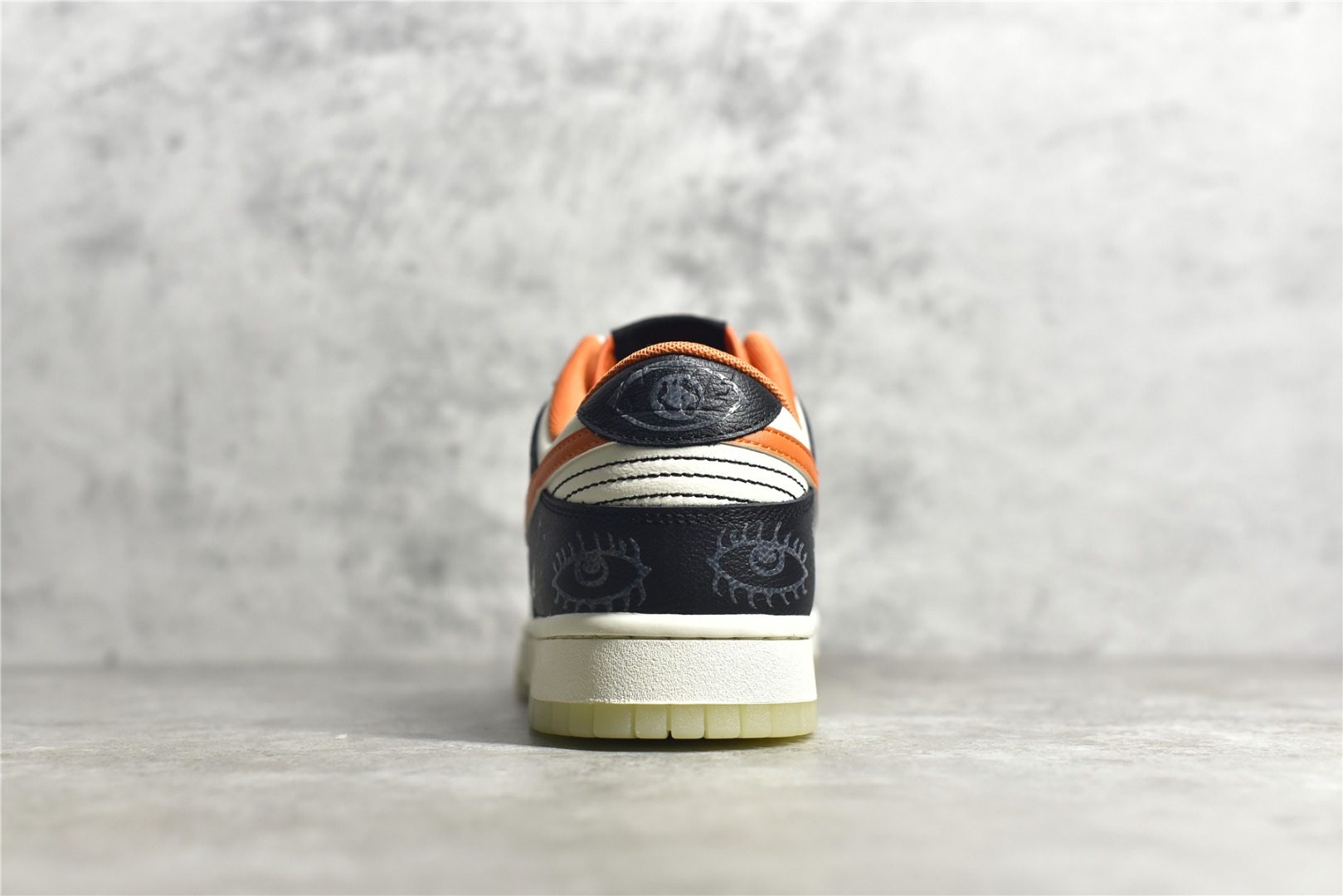 耐克SB Dunk万圣节 Nike SB Dunk HalloWeen 耐克SB Dunk夜光 耐克SB Dunk黑白橙低帮 货号:DD3357-100-潮流者之家