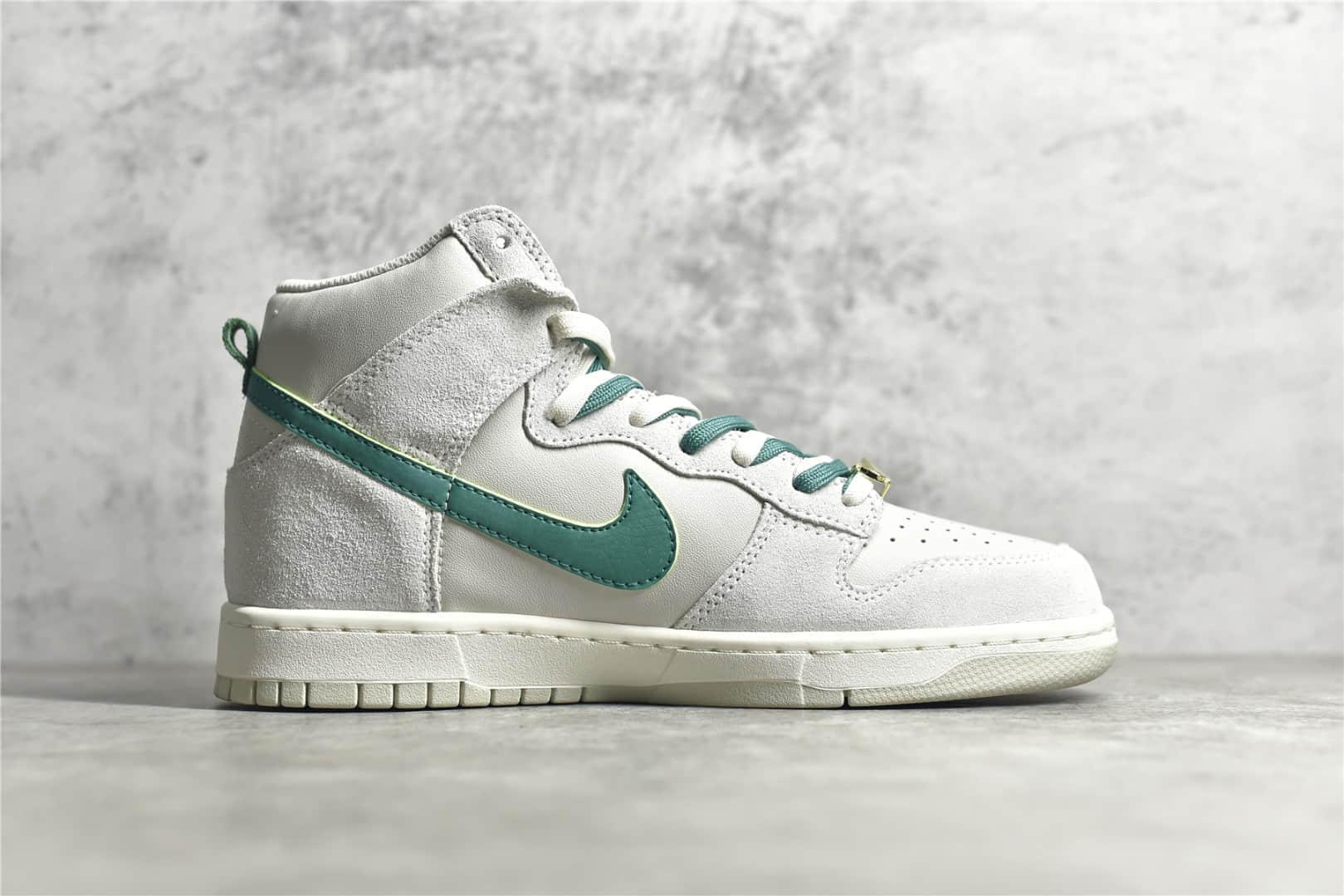 Nike Dunk高帮板鞋白绿色 Nike Dunk High SE 耐克Dunk麂皮高帮 纯原版本耐克Dunk 货号:DH0960-001-潮流者之家