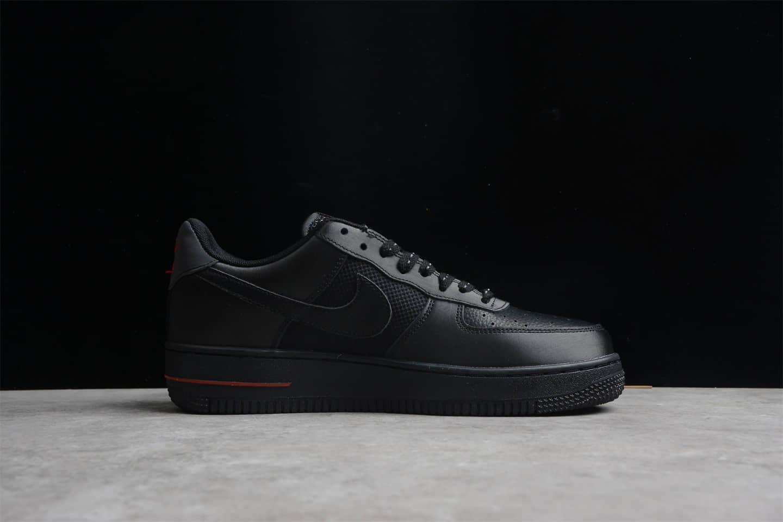 耐克空军黑红低帮纯原版本 Nike Air Force 1 '07 空军一号百搭低帮黑色板鞋 货号:DO6359-001-潮流者之家